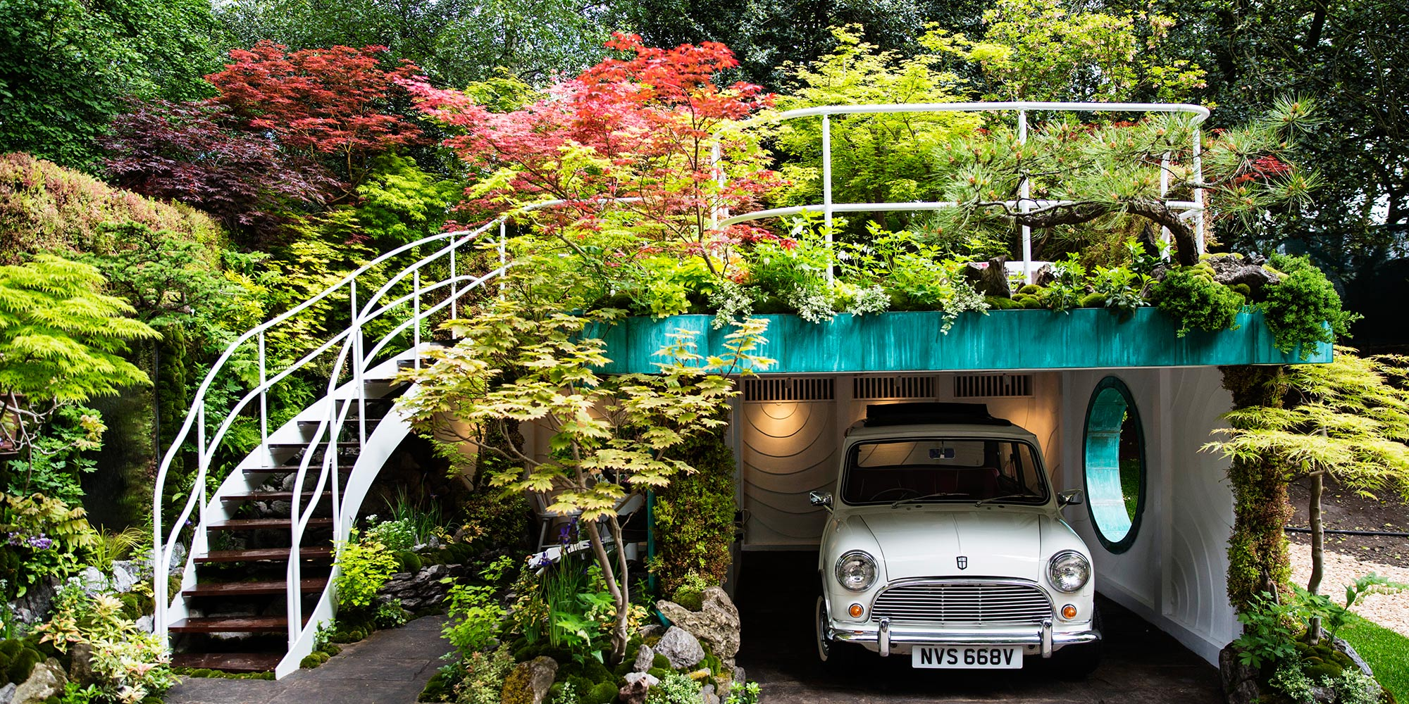 2020 Chelsea Flower Show 2 Night London Package + FREE Oyster Card