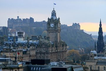 2-Day Edinburgh Tour with Edinburgh Castle & Bus Tour